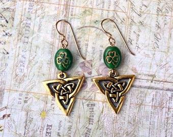 Green Clover Earrings, St. Patrick's Day Earrings, Celtic Earrings, Irish Earrings, Clover Earrings, Shamrock Earrings, Holiday Earrings