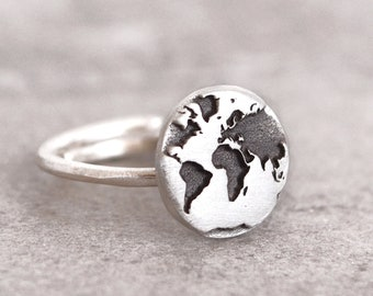 World Map Ring / Travel Gift / Travel Ring/ Gift for Women / Best Friend Gift/Oxidized Ring /Silver Ring/Adjustable Ring /Inspirational Gift