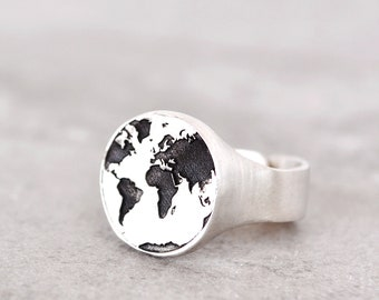 World Map Ring/Travel Gift/Mens Gift/Mens Jewelry/Promise Ring / Pinky Ring  / Gift For Women / Oxidized Ring / Signet Ring /Travel Jewelry