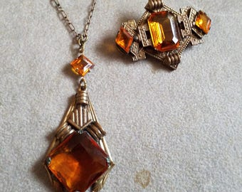 Vintage Art Deco Czech Ornate Beaded Glass Necklace and Pin Set