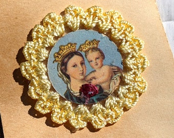 My Mother My Confidence scapular with relic