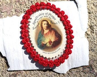 Pre-loved 1936 Sacred Heart indulgence scapular with red crocheted edge