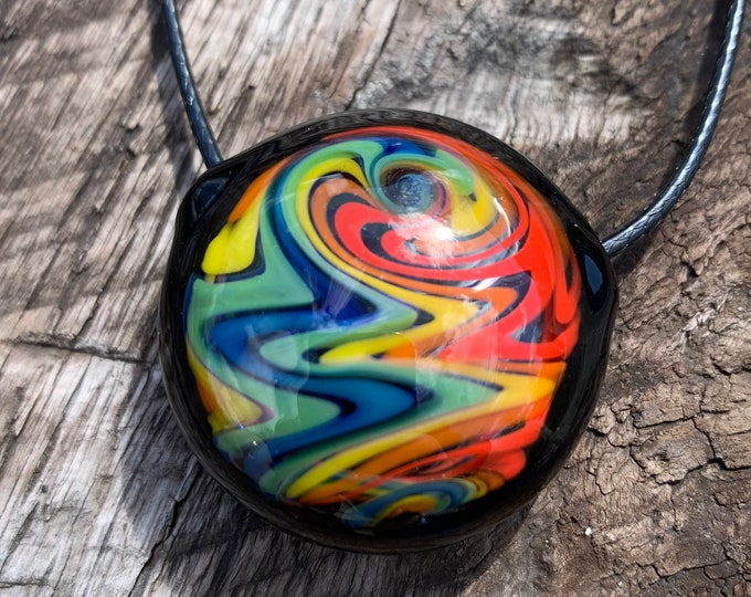 Rainbow wig wag hollow pendant