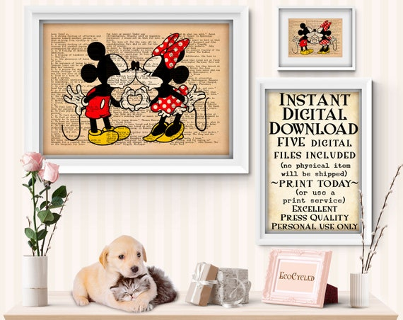Disney Parks Mickey Minnie Mouse Kiss Heart Magnetic Photo Frame Kissing NEW