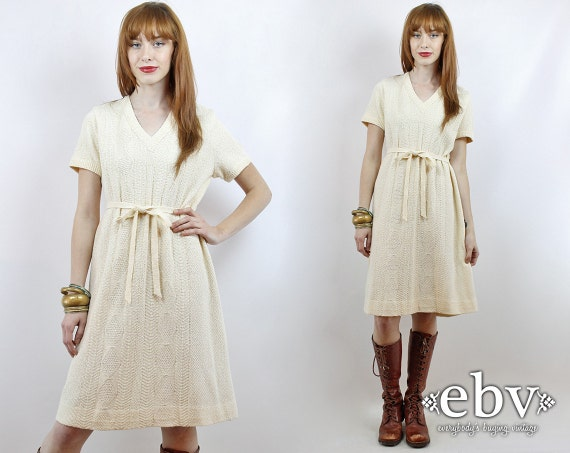 Cream day dress from the 70/'s.