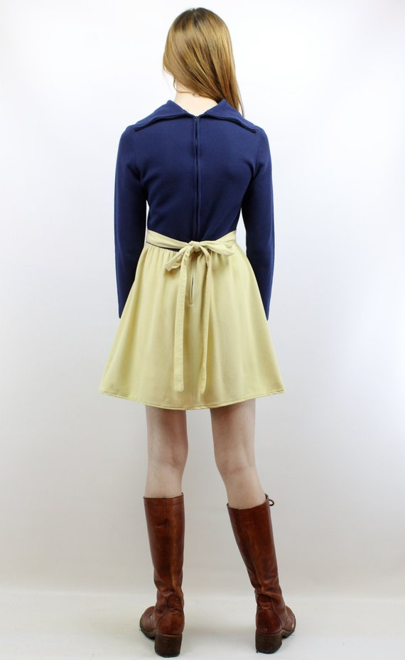 Vintage 70s Navy + Beige Mini Dress XS S Babydoll… - image 5