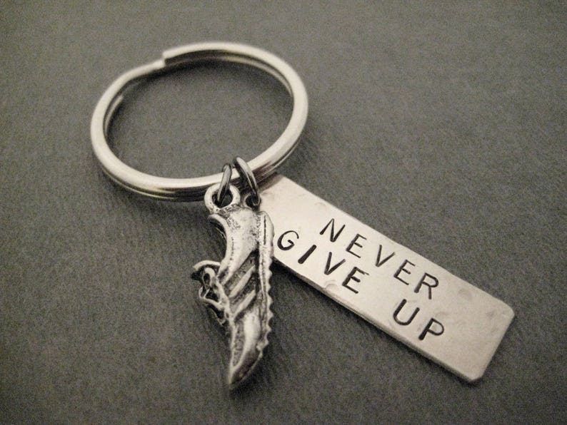 4528ee30d5bce Run NEVER GIVE UP Key Chain / Bag Tag - Ball Chain or Key Ring -  Inspirational Runner Key Chain - Motivational Runner Bag Tag - Guy Runner