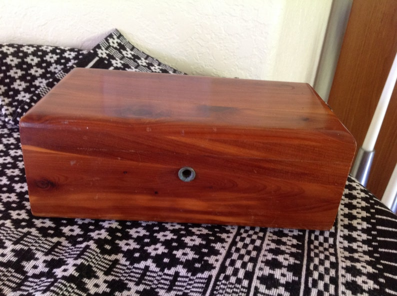 Vintage LANE~ Cedar Sample Box~ Harry Looney Furniture Co 9\