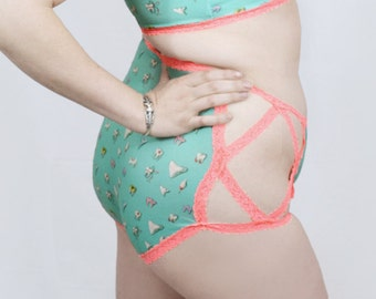 Teeth and lace high waisted undies - Spearmint - creepy cute