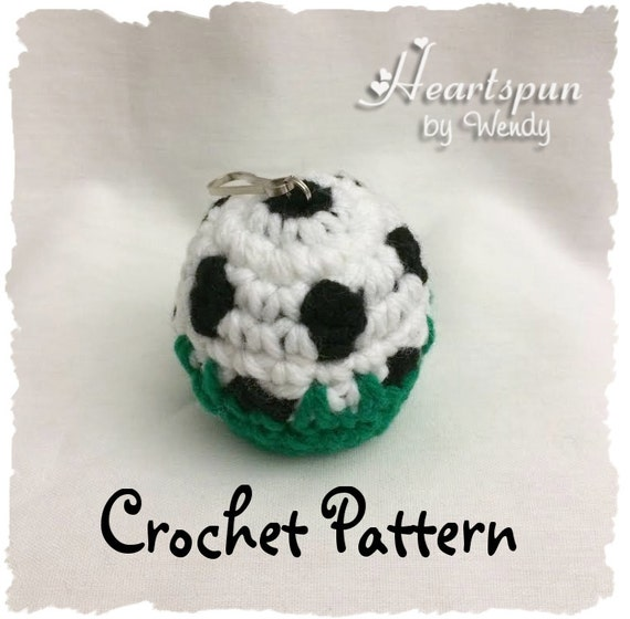 CROCHET PATTERN to make a Soccer Ball in the Grass EOS Lip | Etsy