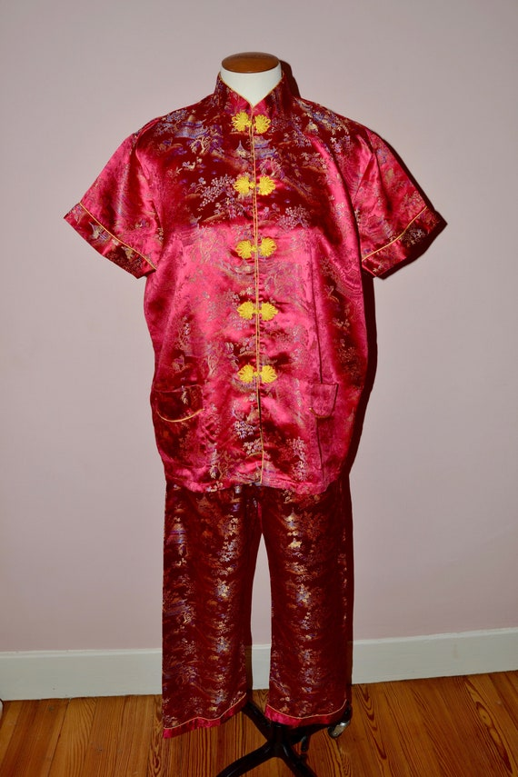 be725974e661 Vintage Raspberry Red Chinese Pajama Set. Chinese Souvenir.