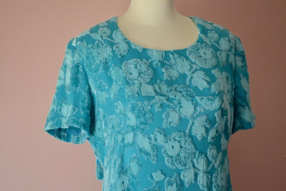 Elegant Evening Gown. 1960's Sparkly Turquoise Max