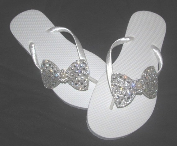 7a9e63dac6f9f Bride Flip Flops Wedding Flip Flops Bridal Flip Flops