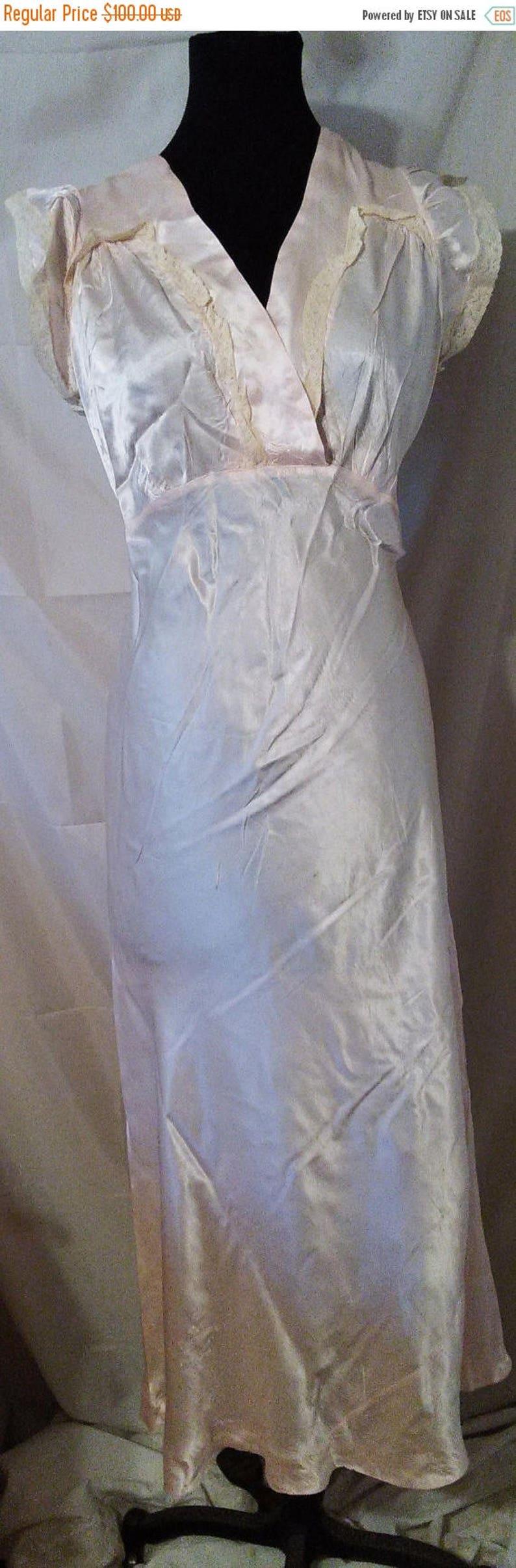 BIG HOLIDAY SALE-30s Silk Art Deco Nightgown-Bias-Size 8-Medium-40 Bust-Glam-Hollywood Regency-Hipster-NoS