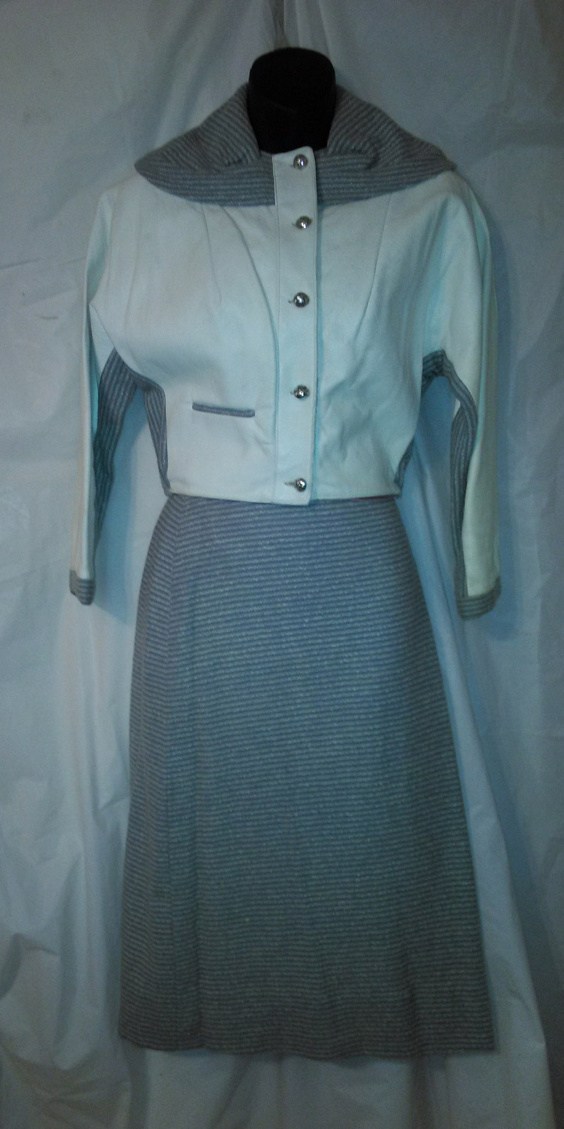 BIG ESTATE SALE-70s Vintage Spring-Fall Suit-Wool Leather-Pencil Skirt-Mod-Size 2-xS-34 Bust-Office HIpster-Secretary-Special Event-