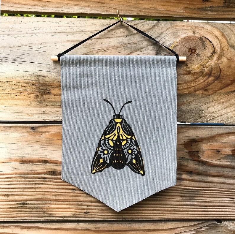 Mini Moth Banner image 0