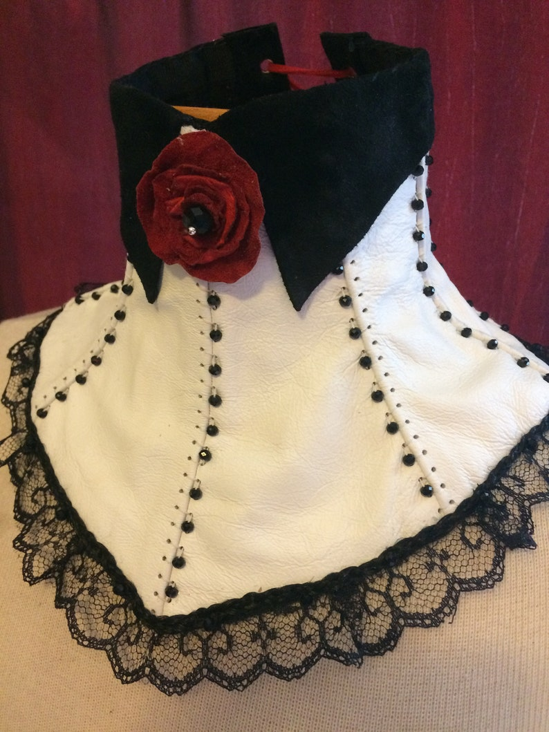 Mary~ White and Black Leather Collar and Cuff set