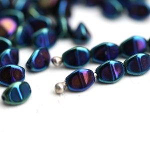 50 pcs Opaque Sky Blue Czech Glass Pinch Beads 5x3,5 mm 8692