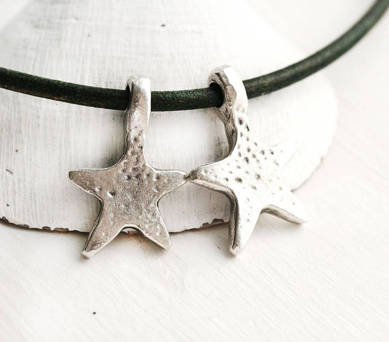 Antique Silver Star charms 2Pc beads for leather cord Silver star pendant beads 18mm F657 Greek metal casting