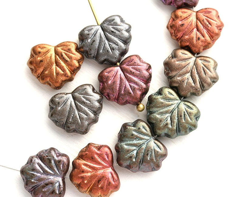 Pack of 25 Czech glass Pressed Beads Leaf Pink Grey Leaves