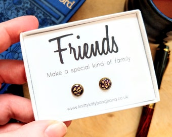 Friends make a special kind of family / Handmade hypoallergenic polymer clay & resin earrings in printed gift box / Unique best friend gift