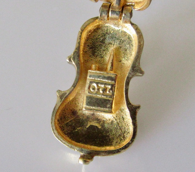Large Violin and Oil Opening 9ct Gold Charm or Pendant