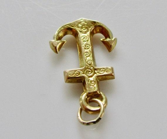 Vintage 9ct Gold Anchor Bracelet Charm - image 9