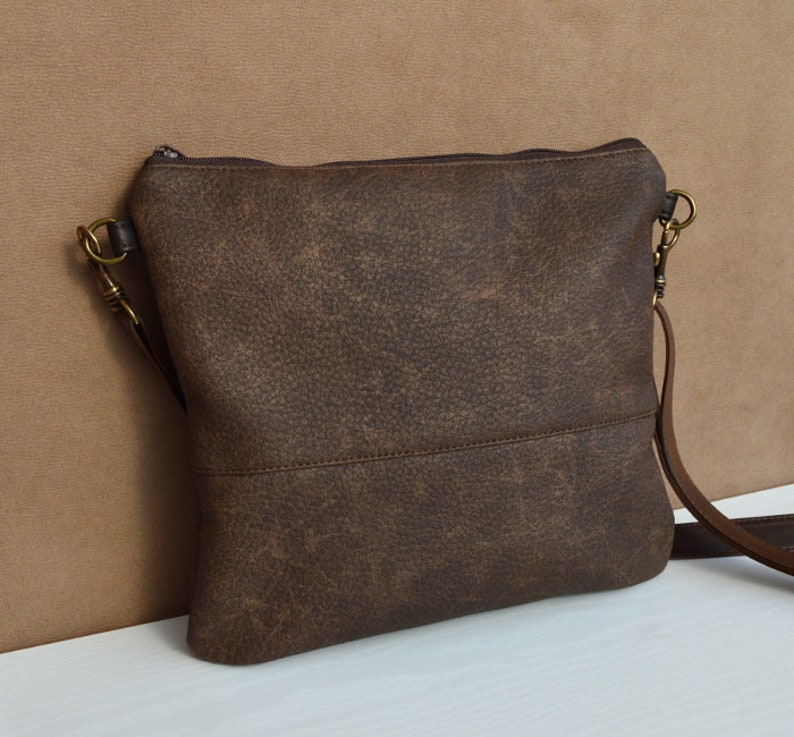 775468f34d92 Simple crossbody bag Brown Shoulder purse Hobo bag