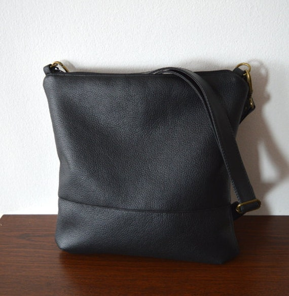 Simple black crossbody bag Shoulder Bag  2d3fd61c6074