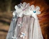 Flora - flower veil, boho veil, floral wedding veil, flower wedding veil, bridal veil, boho wedding, shoulder length veil, elbow length veil