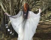 Selene - drape veil, wedding cape black wedding veil, gothic bridal headpiece, long veil, floor length veil, chapel veil, black veil