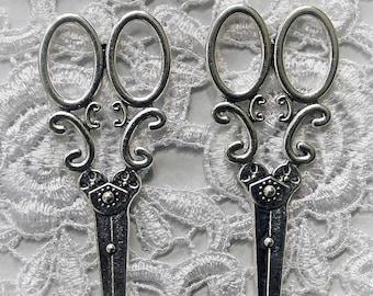 Reneabouquets Set Of 2 Shabby Sweet Metal Scissors Silver~Scrapbook Embellishment, Craft Supply, Jewelry Charm