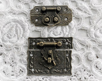 Reneabouquets Victorian Tarnished Brass Latch Trinkets 2 Pack~ Metal Scrapbook Embellishment,  Box Latch, Book Box Latch, Mini Album Latch