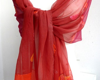 367dff472b9f Silk scarf in different shades of red