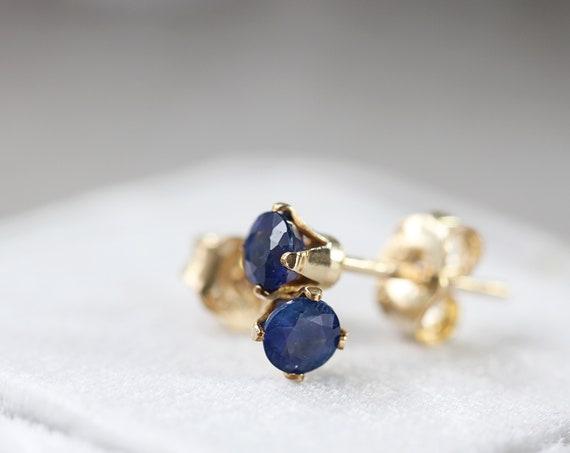 SINGLE Blue Sapphire Stud - Unisex Earring