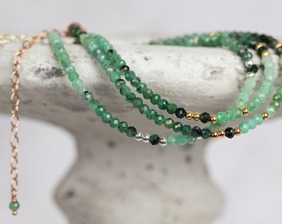 Dainty Emerald Bracelet For Women - Ombre Emerald Beaded Bracelet