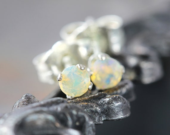 Welo Opal Stud Earrings - Silver Opal Earrings