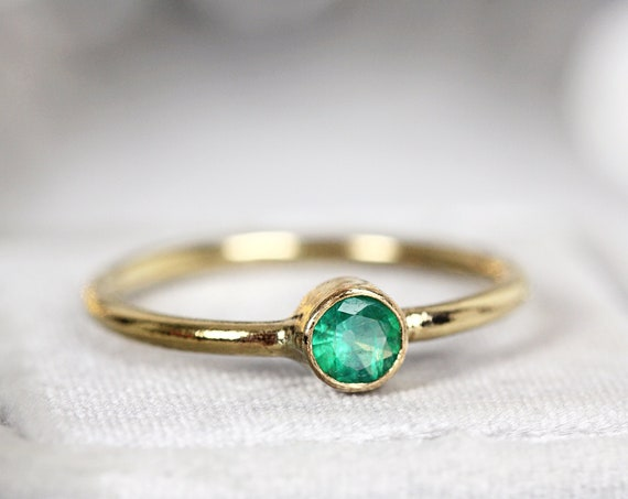 Minimalist Emerald Engagement Ring - Columbian Emerald Solitaire Ring Gold