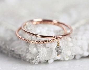 Grey Diamond Ring Set - Diamond Dangle Ring For Women - Dainty Rose Gold Ring Set - Rough Diamond Charm Ring - Rose Gold Stackable Rings Set