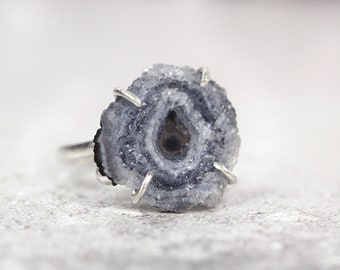 Raw Stone Ring - Natural Druzy Ring - Grey Stone Ring - Raw Stone Jewelry - Unusual Ring - Rough Stone Ring - Adjustable Ring in Silver