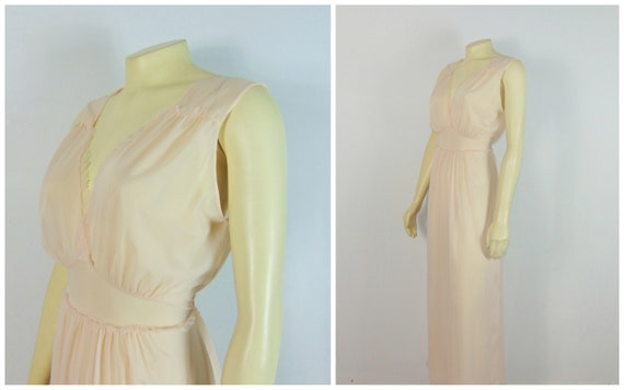 40s Vanity Fair Pink Vintage Nightgown Nylon Matte