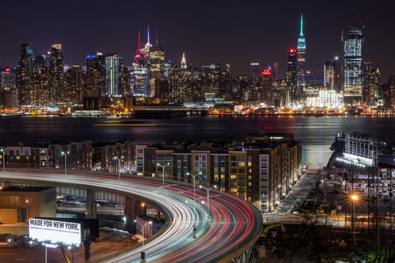 New York Vintage Coat Wall Light Hook US Skyline Holder Statue of Liberty Hanger
