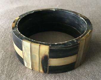 1970s Vintage Polished Natural Horn Mosaic Bangle Bracelet
