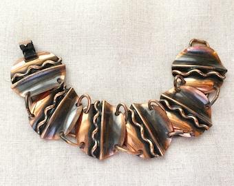 1960s Vintage Copper Disc Link Bracelet Wavy Design