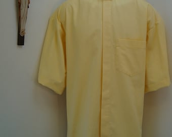 """CAMP Clerical tab shirt xl, YELLOW cotton-rich Oxford cloth, XLarge with 17"""" TAB collar. Untucked style"""