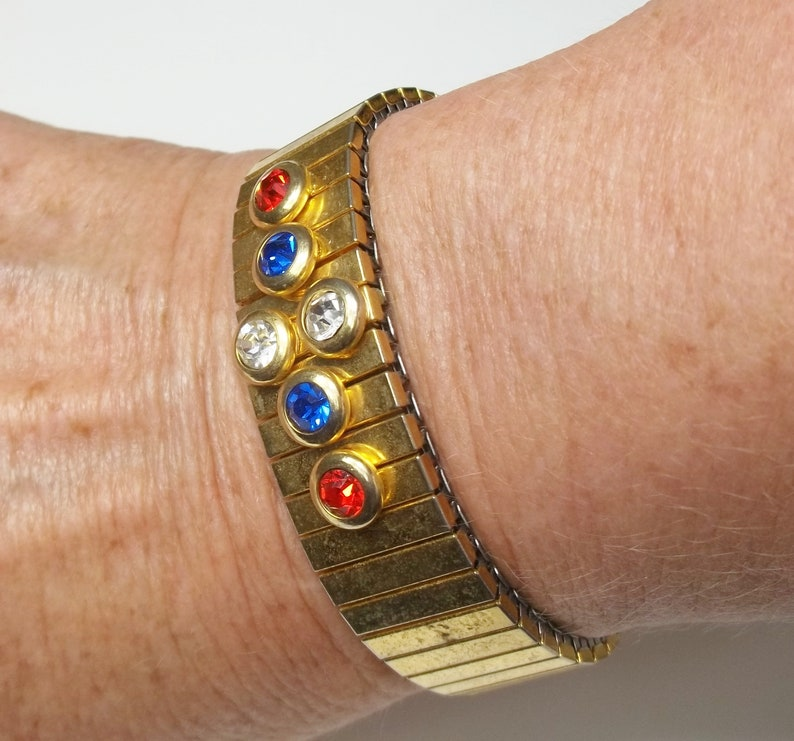 Expandable Stretch Cuff 4th of July BRACELET Vintage 1950/'s Gold Patriotic Costume Jewelry Red White And Blue Rhinestone