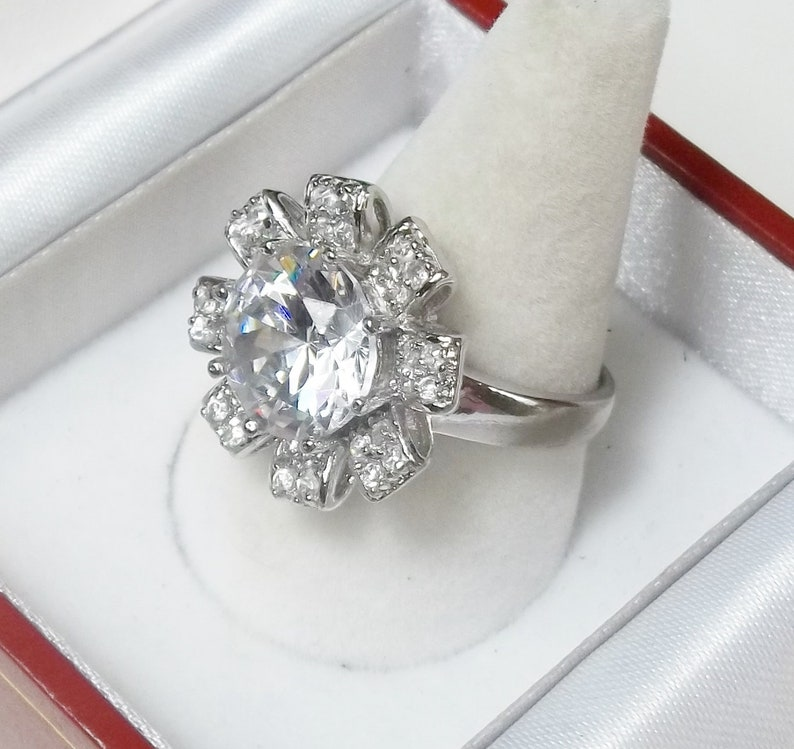 925 Sterling Silver Fine Jewelry Vintage 1980/'s Cocktail Ring Size 9 Gift For Her Large Round Cut Crystal