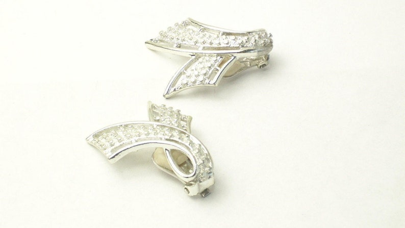 Vintage Emmons Silver Tone Swoop Design Climber EARRINGS Mid image 0