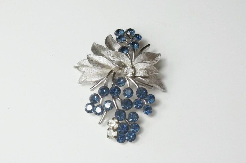 Crown Trifari Sapphire Rhinestone Flower Spray Bouquet Silver image 0