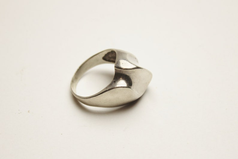 Sterling Silver MOD Wavy Abstract RING Vintage Fine Jewelry image 0